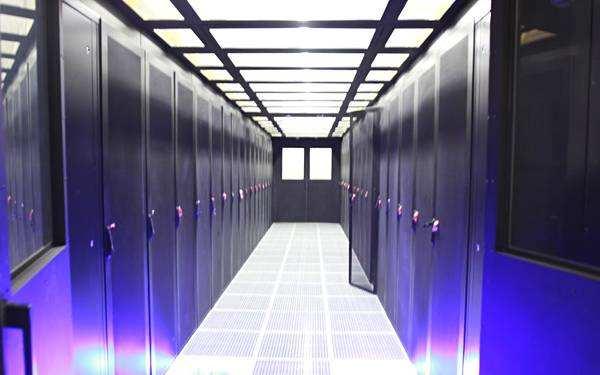 外国服务器采购是选择VPS还是虚拟主机或云主机呢?